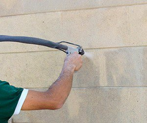 Cleaning of façades